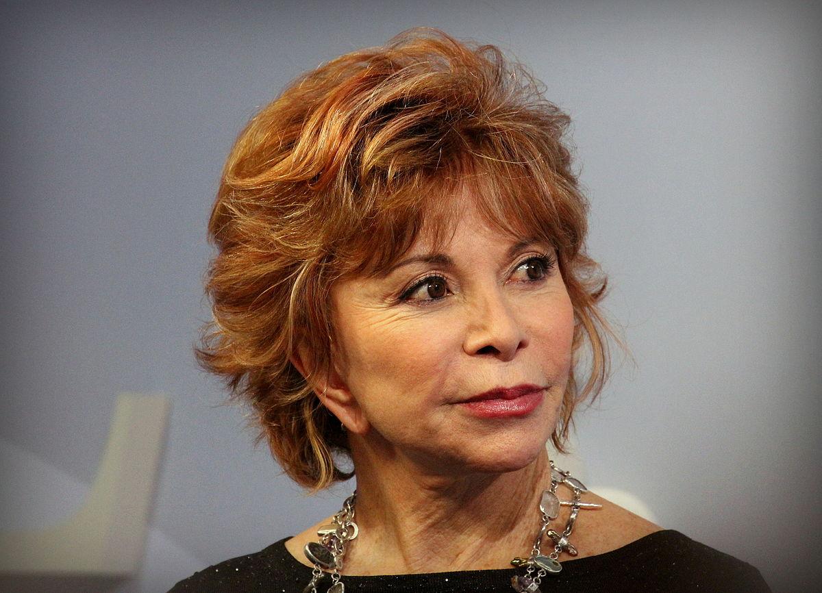 Isabel Allende cuenta sobre sus historias de pasión